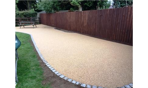 Resin Bound Gravel garden patio